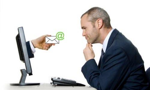 Làm cho khách hàng luôn muốn chờ email