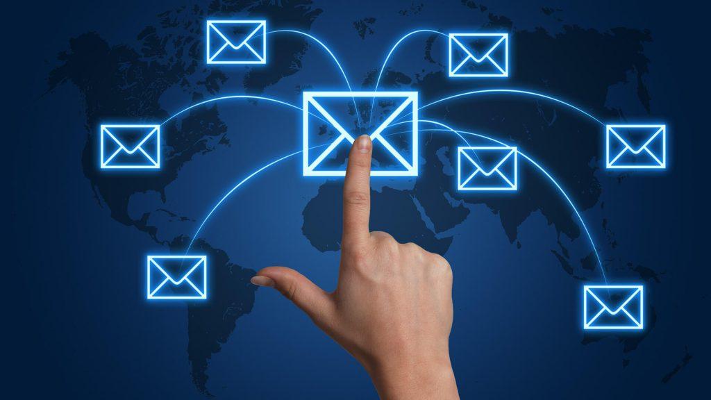cách viết email cho khách hàng mới hiệu quả